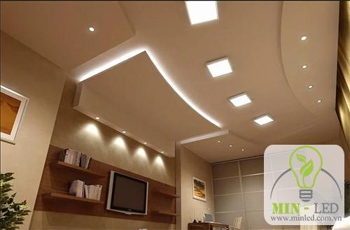 Đèn LED âm trần vuông
