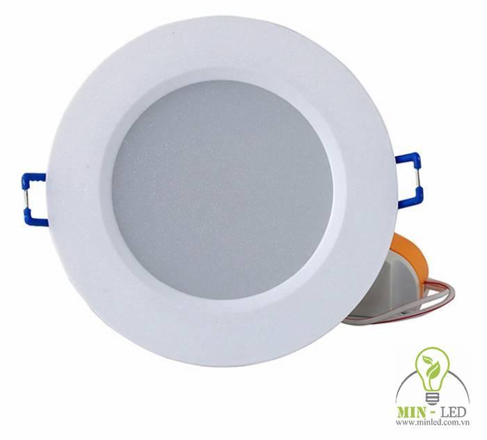 Đèn LED âm trần D AT06L 90/7W