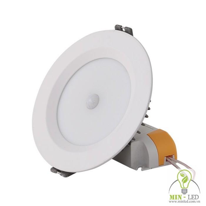 Đèn LED âm trần D AT04L 110/9W