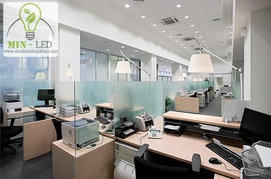 Đèn led âm trần văn phòng