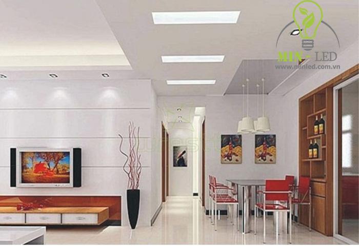 Đèn âm trần 300x1200 có thể phối hợp với nhiều dòng đèn LED âm trần khác tạo thành 1 khôn-1g gian hoàn hảo