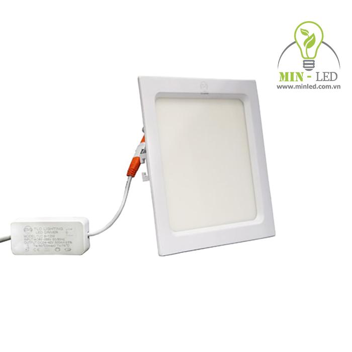 Đèn LED âm trần 60x60 có kích thước vuông đẹp mắt