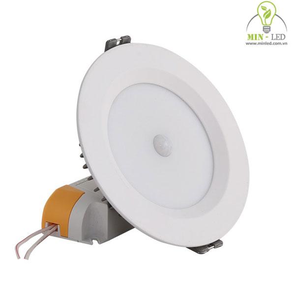 đèn led âm trần cảm biến 2