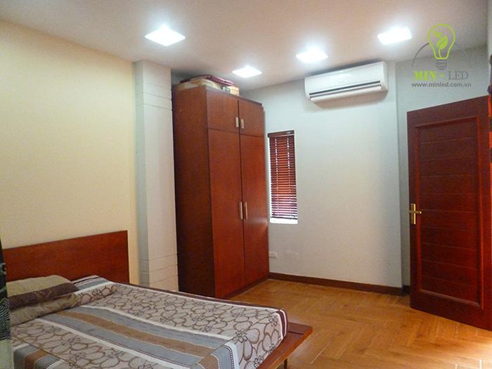 Đèn LED âm trần vuông có thể tùy chọn với không gian gia đình bạn 1