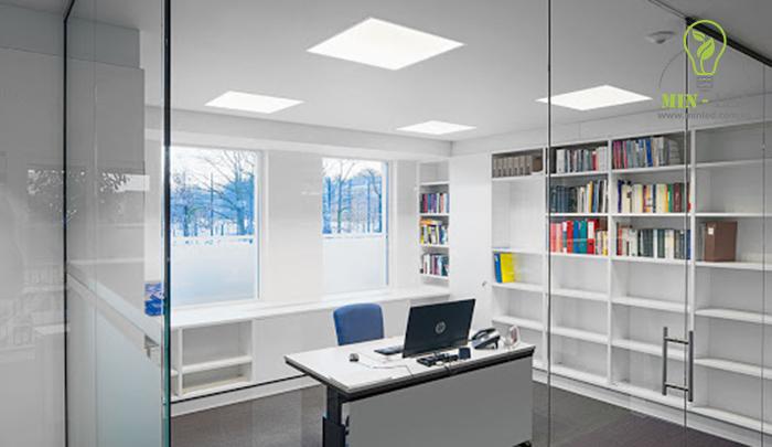 Đèn LED âm trần vuông Panel thích hợp với không gian rộng1