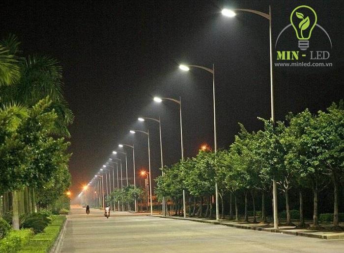 đèn LED bằng tiếng Trung