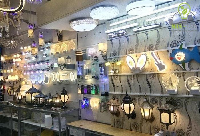 Thương hiệu đèn LED Paragon