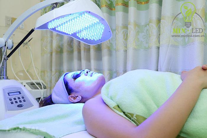 Đèn LED không tổn thương da