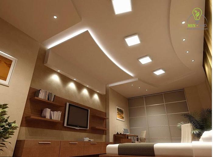 Đèn LED âm trần vuông 12w có thể kết hợp với nhiều dòng đèn khác, tạo nên không gian chiếu sáng hoàn hảo1