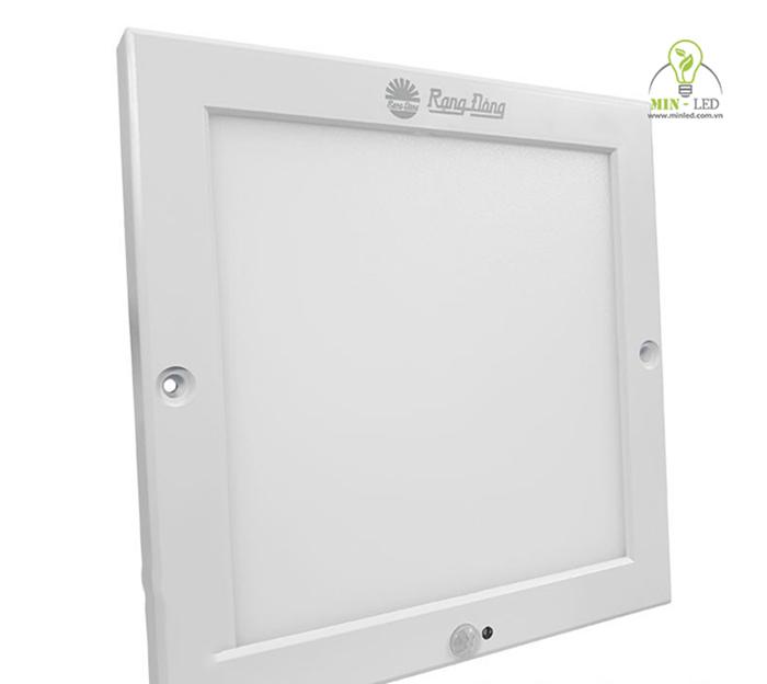 Đèn LED 18w của Rạng Đông gọn nhẹ dễ sử dụng