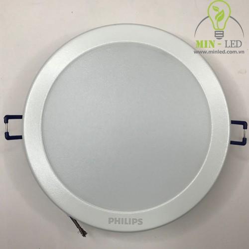 den-led-am-tran-philips-dn027b-led20-d200-20w-500x500