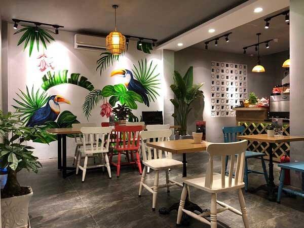 Quán cafe mang phong cách khác biệt từ các đèn chiếu sáng trang trí nghệ thuật - 1