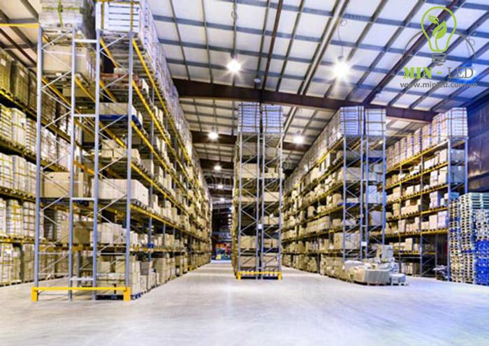 Đèn led Bulb Rạng Đông 12W DC LED-TR70N1-12-24VDC/12W ứng dụng trong nhà xưởng - 1