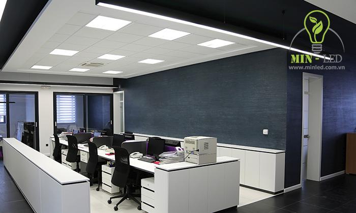 LED panel 600x600 chế độ chiếu sáng hoàn hảo cho văn phòng làm việc - 1