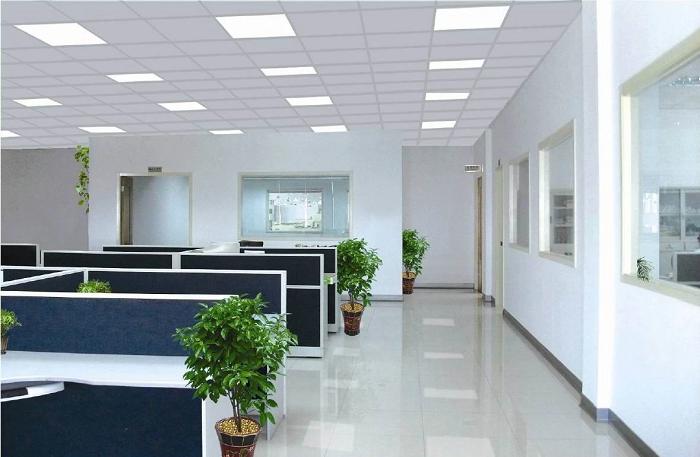 Các văn phòng làm việc chủ yếu ứng dụng loại đèn panel 600x600