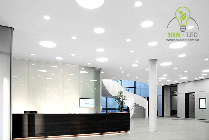 Đèn LED Panel tròn Rạng Đông 9W chiếu sáng không gian rộng