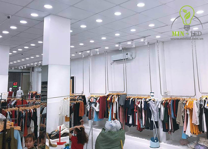 Đèn LED âm trần Rạng Đông 16W tối ưu sử dụng tại các shop quần áo, các không gian dân dụng -1
