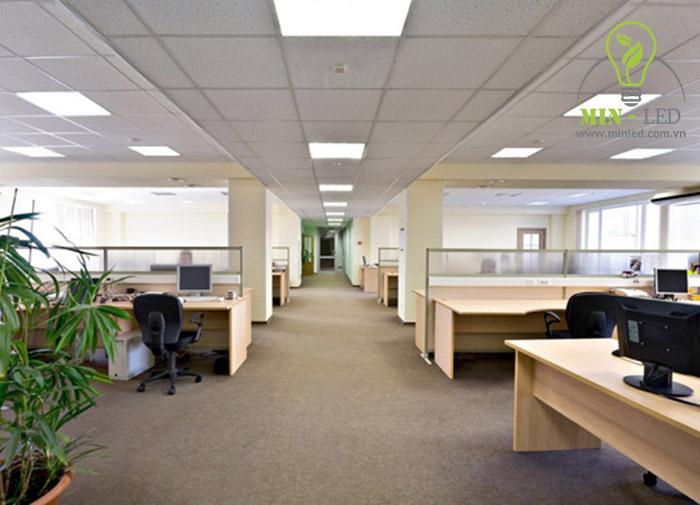 Chất lượng ánh sáng đèn LED Philips sáng tỏ sử dụng cho nhiều không gian có diện tích rộng - 1