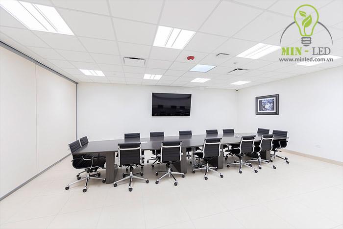 Đèn LED Panel Philips xuất hiện tại nhiều không gian -1