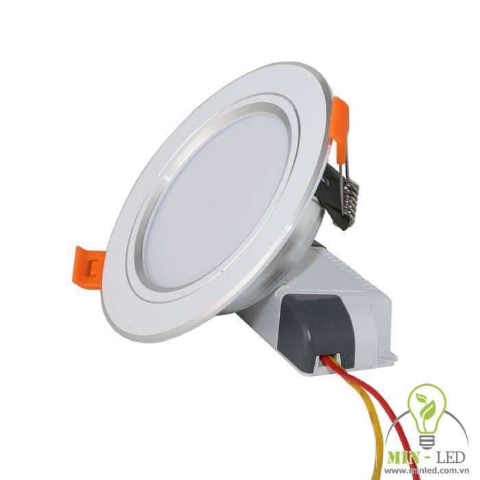 Mẫu đèn LED âm trần Rạng Đông đổi màu AT10L