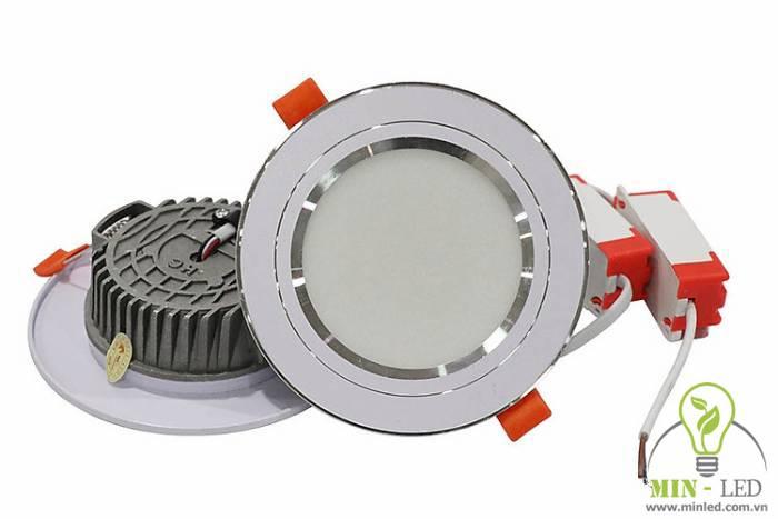 Đèn LED âm trần đế đúc nhôm Rạng Đông