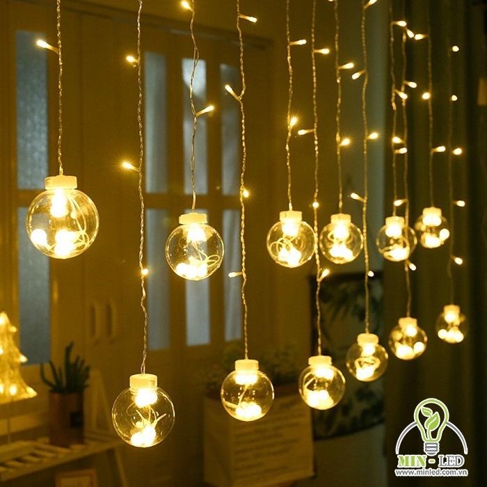 Đèn dây bọc nhựa có tính ứng dụng cao, dễ dàng sử dụng và trang trí theo nhiều kiểu