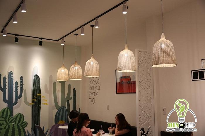 đèn thả trang trí quán cafe đẹp