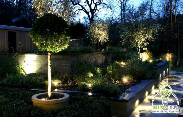 Đèn LED sân vườn ngoại thất