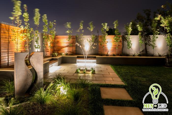 Đèn LED trang trí tường bao