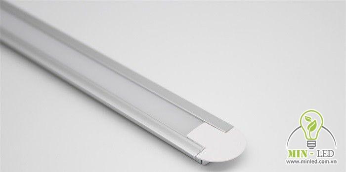 Công suất của đèn tương đối lớn nên có thể ứng dụng linh hoạt cho nhiều vị trí không gian