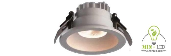 Với khả năng chống nước hiệu quả, đèn LED này đem đến độ bền vượt trội khi sử dụng trong nhà tắm