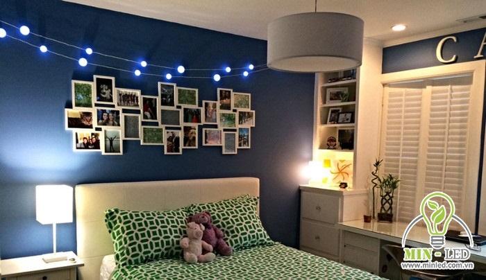 Kích thước đèn LED trang trí phòng ngủ nên được chọn theo tỉ lệ thuận với diện tích phòng ngủ
