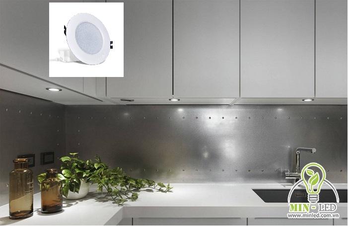 đèn led âm trần tủ bếp trên